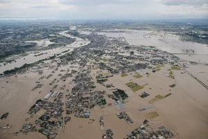japan-storm-etau-floods
